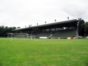 Sportpark Höhenberg (Wikipedia)